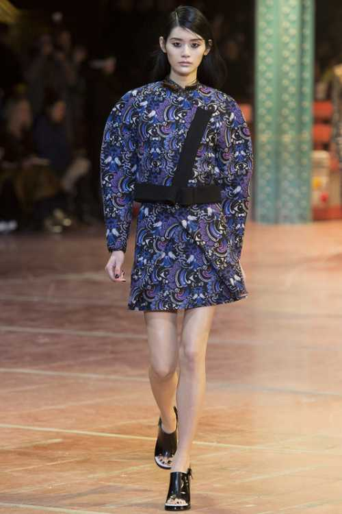 Синтез тенденции в одежде от Кензо
