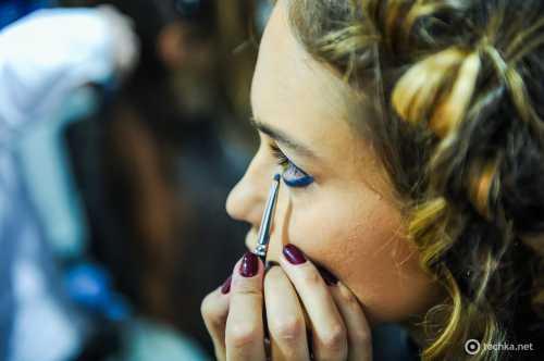 Ukrainian Fashion Week AW 2016/17 Бэкстейдж: макияж третего дня фото
