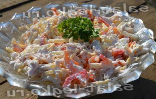 Салат с куриной грудкой Рецепт