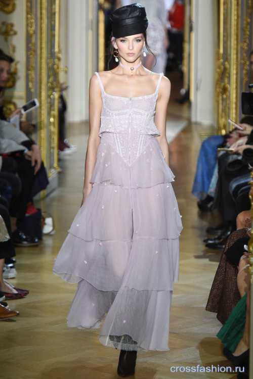 Лучшие украшения с показов на Неделе моды в Париже фото