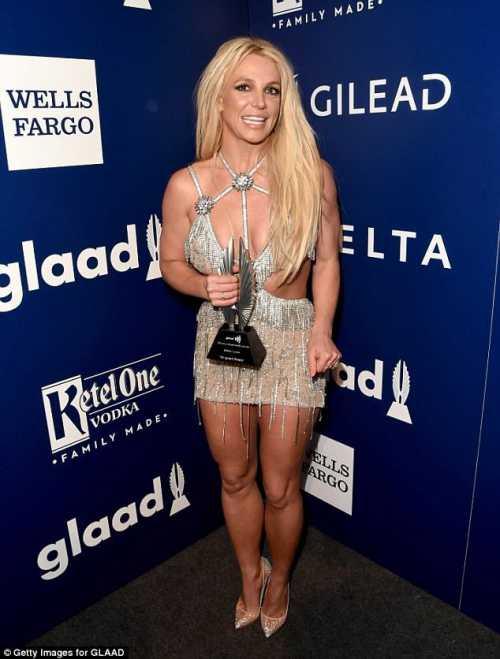 Бритни Спирс наградили за поддержку сексуальных меньшинств