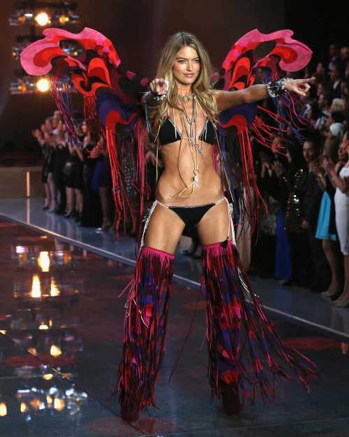 Victoria's Secret 2017: кто примет участие в шоу