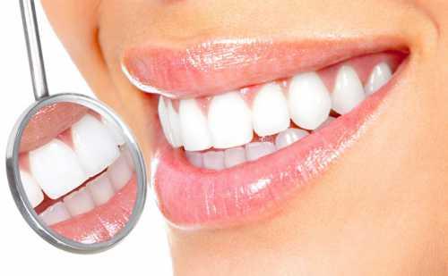 Красивая улыбка: дело не только в зубах