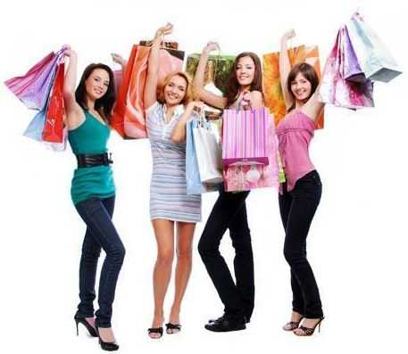 Шоппинг в домашних условиях: преимущества каталогов одежды
