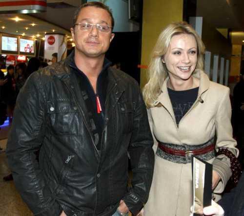 Мария Миронова замечена с бывшим мужем