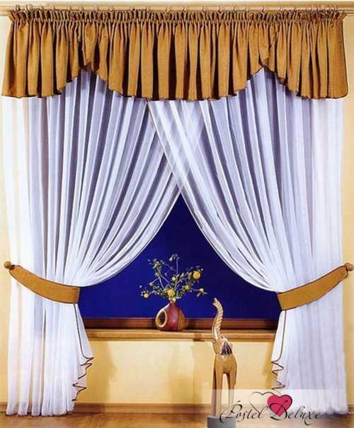 Для жестких вариантов используют украшения из объемных деталей, цветов, золотого шитья, кистей и шнуров
