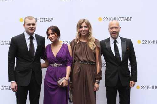 Федор Бондарчук крестил внучку