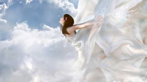 К чему снится ангел: если он спустился с небес,