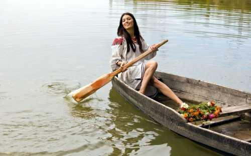 К чему снится лодка, плыть на лодке или увидеть